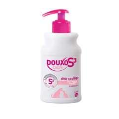 Champô para pele sensível Douxo Calm Shampoo